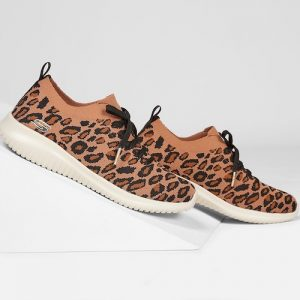 alt=skechers-ultraflex-safari-tour-sneakers