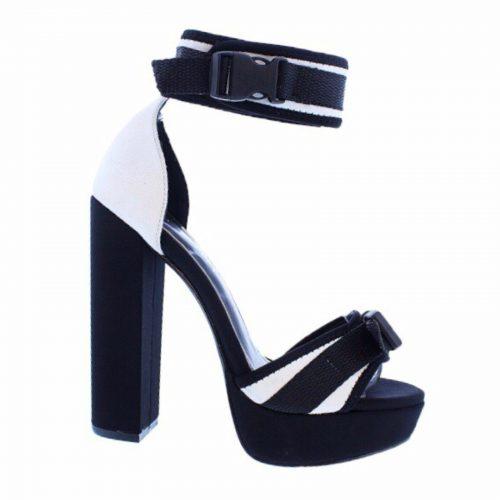 alt=liliana-yuko-34-high-heels